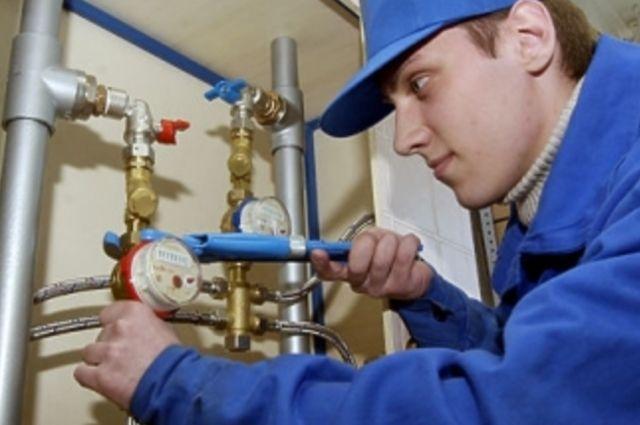 Замену и ремонт приборов индивидуального учета собственники жилых помещений обязаны проводить за свой счет.
