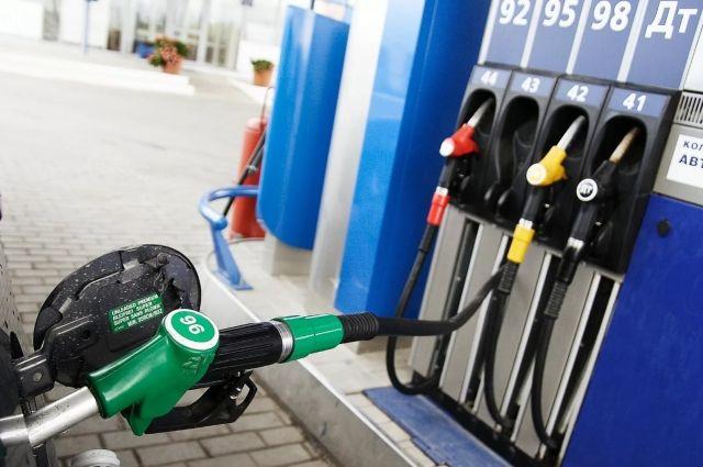 «Белнефтехим» о росте цен на топливо: концерн действует на стороне потребителя