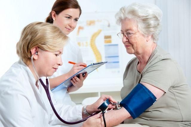 Официально Минздравом Беларуси в республике утверждено около 60 ставок для врачей-гериатров.