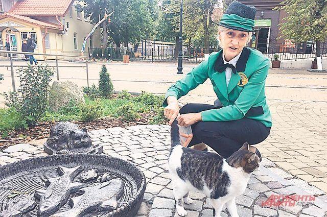 Светлана Логинова очень любит котов. И они ее тоже.