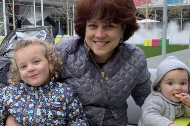 2019 год, Ирина Эпштейн (Королева) с детьми.