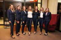 На фото Виктория Азаренко, Юлия Готовко, Вера Лапко, Арина Соболенко, Лидия Морозова, Александра Саснович и капитан команды Татьяна Пучек.