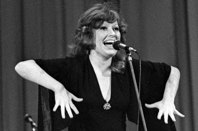 Эстрадная певица Алла Пугачева. 1976 г.