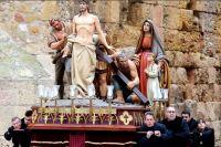 Основная пасхальная процессия в Таррагоне, как и во всей Испании, проходит в Святую Пятницу.