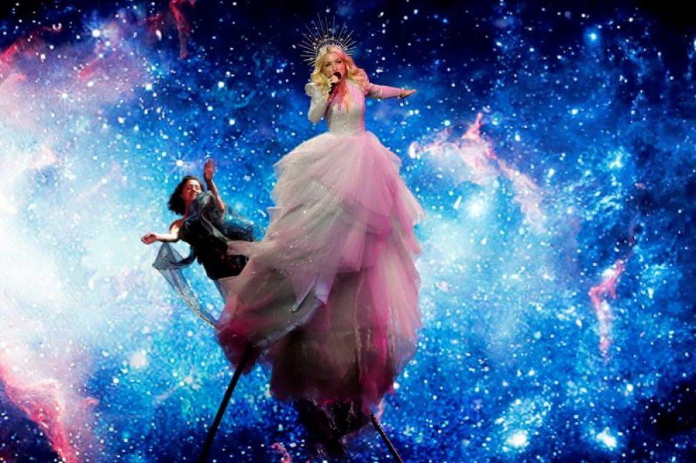 Кейт Миллер-Хейдке представит Австралию. Ее композиция называется «Zero Gravity».