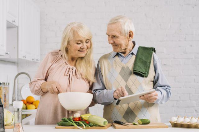 Самое главное в здоровых отношениях – забота друг о друге.