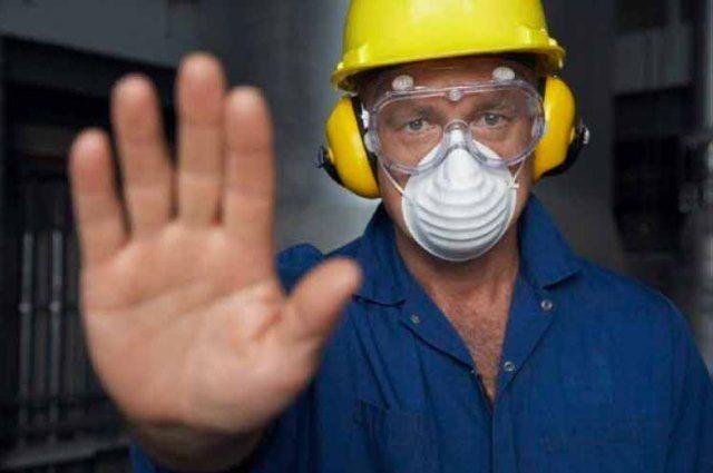 Вредные условия труда должны учитываться.