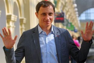 Артист, телеведущий Вадим Галыгин.