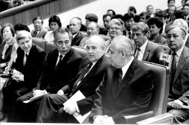 Михаил Горбачев, избранный Председателем Верховного Совета СССР, мог «заткнуть» любого.