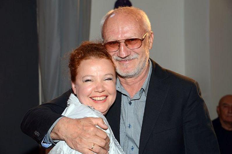 Юрий Беляев, известный российский актёр, женился в 66 лет на актрисе Татьяне Абрамовой, супруги также обвенчались.