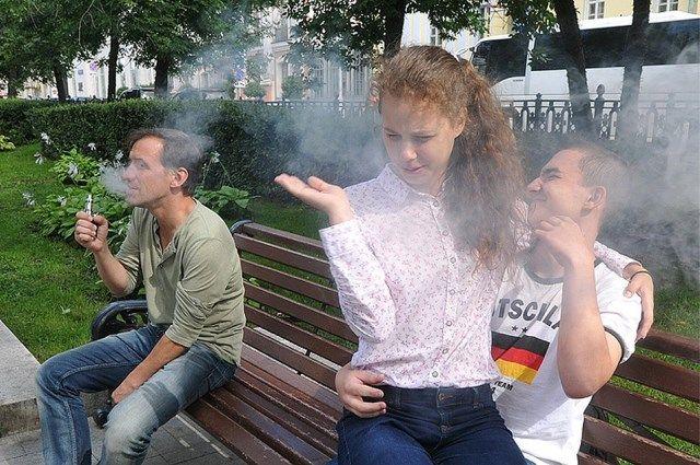 Теперь все, что дымит и клубится, - курение.