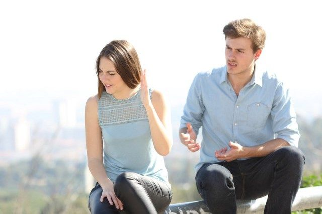 Часто люди разводятся раньше, чем научатся общаться между собой.