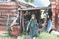 Уезжать из тайги Агафья отказывается: вдали от родного места ей становится плохо.