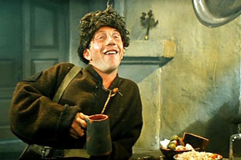 «Неуловимые мстители» (1966) — Илюха «Косой».