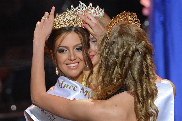 Оксана Воеводина на конкурсе красоты «Мисс Москва 2015».