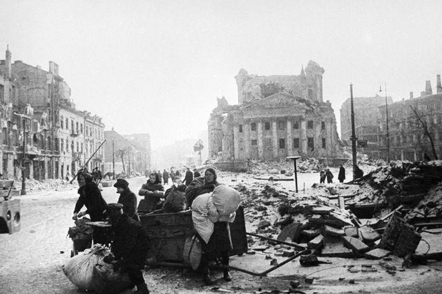 Варшава после освобождения от немецкой оккупации.