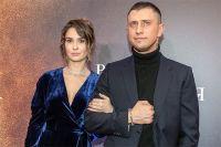 Павел Прилучный и Агата Муцениеце. 2019 г.