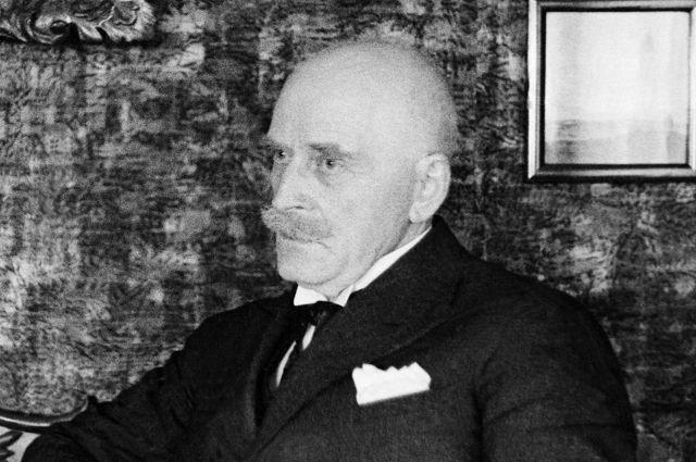 Писатель Кнут Гамсун.