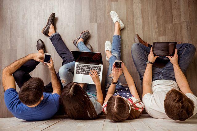Многим в цифровом мире значительно интереснее, чем в обычном.