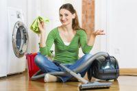 Регулярно очищайте пылесборник – заполненный, он увеличивает нагрузку работы пылесоса.