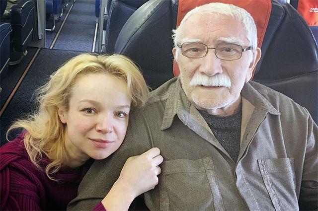 Виталина Цымбалюк-Романовская и Армен Джигарханян.