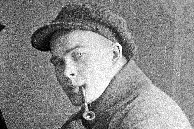 Аркадий Гайдар.