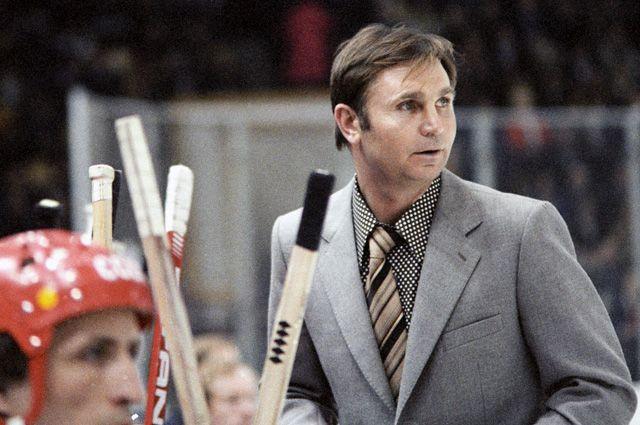 Старший тренер команды ЦСКА и сборной команды СССР по хоккею Виктор Тихонов. 1979 г.
