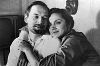 Ирина Купченко в роли Жени и Василий Лановой в роли Николая в фильме Юлия Райзмана «Странная женщина». 1978 год.