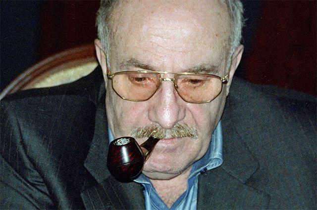 Сценарист Эдуард Володарский.