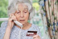 Настоящему сотруднику банка не нужна информация о номере банковской карты и комбинации паролей.