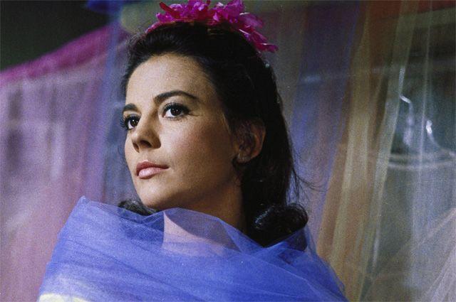 Натали Вуд в роли Марии в фильме 1961 года «Вестсайдская история».