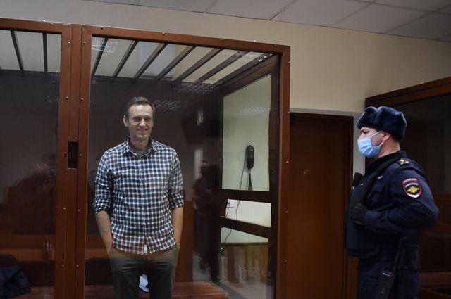 Алексей Навальный в зале Бабушкинского районного суда.