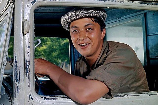 Руслан Ахметов в фильме «Кавказская пленница», 1967 год.