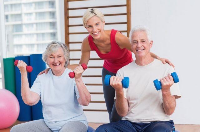 При хронической сердечной недостаточности покой противопоказан. Гуляйте на свежем воздухе, занимайтесь физкультурой.