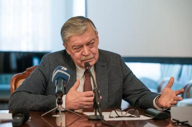 Евгений Лукьянов.
