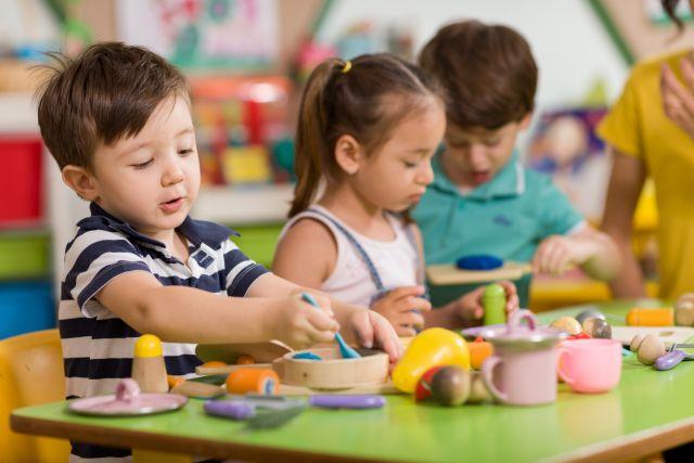 В 2009 году, чтобы собрать ребенка в детский сад, нужно было потратить около 100 тыс. рублей (10 руб.)