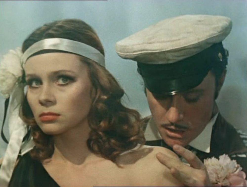Актриса Любовь Полищук в роли танцовщицы (1976 год).