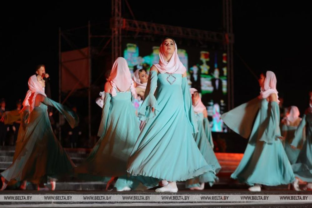 Участники театрализованного представления во время мероприятий, посвященных началу Великой Отечественной Войны.