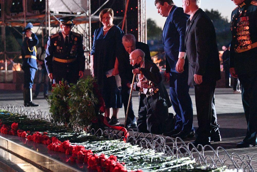Участники мероприятий, посвященных началу Великой Отечественной Войны.