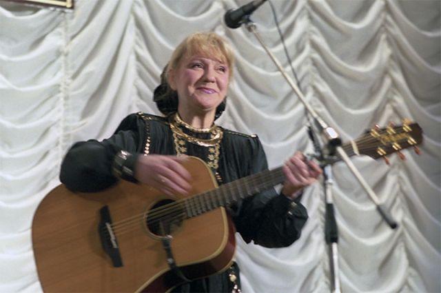Певица Жанна Бичевская. 1998 год.