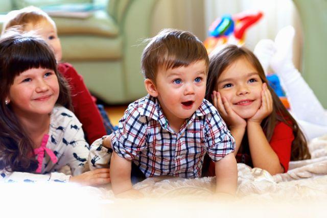 Малолетних детей бесплатно или с существенной скидкой пускают в цирк.